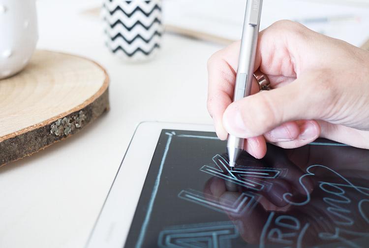 blog_huaweimediapadm2-letteringhand