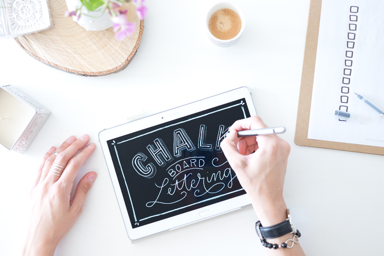 blog_huaweimediapadm2-letteringchalkboard03